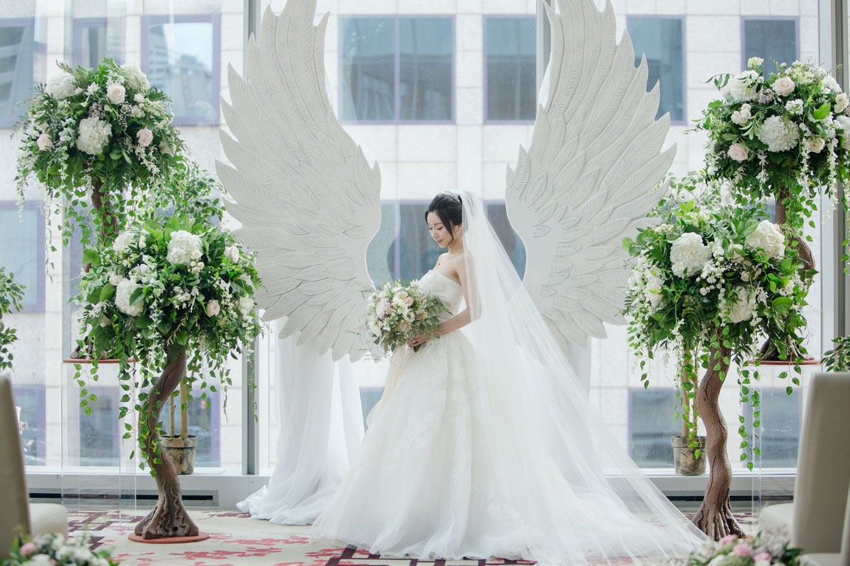 Fairytale Forest - Luxury Wedding in Toronto - Flowers Time