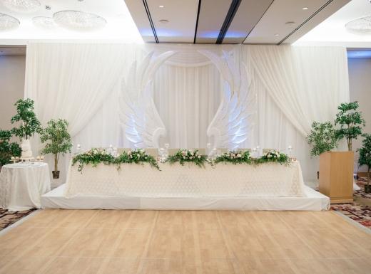 luxury wedding decor by flowerstime (18)