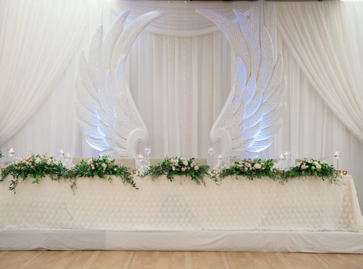 luxury wedding decor by flowerstime (19)