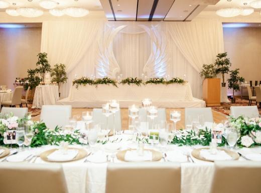 luxury wedding decor by flowerstime (25)