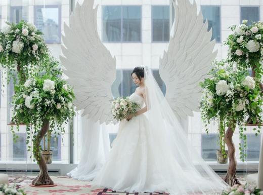 luxury wedding decor by flowerstime (5)