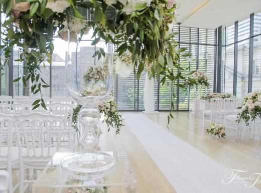 Ceremony-Wedding-Gardiner-museum-by-Flowers-Time