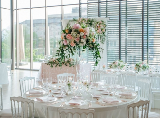 Flower-decoration-Spectacular-Wedding-Gardiner-Museum-1