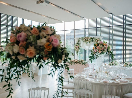 Flower-decoration-Spectacular-Wedding-Gardiner-Museum-10