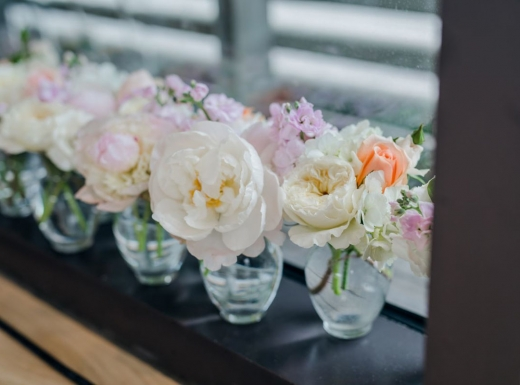 Flower-decoration-Spectacular-Wedding-Gardiner-Museum-14