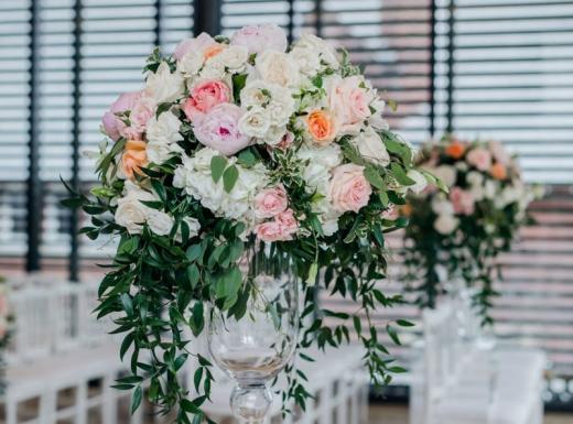 Flower-decoration-Spectacular-Wedding-Gardiner-Museum-31