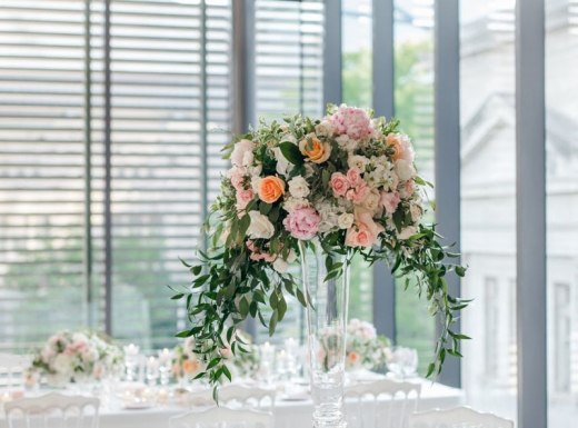 Flower-decoration-Spectacular-Wedding-Gardiner-Museum-32