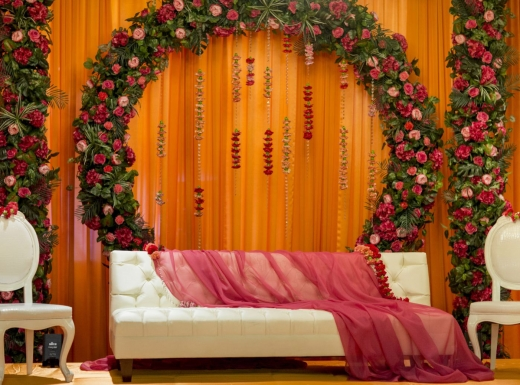 Flower wall backdrop decoration by Flowerstime (9)