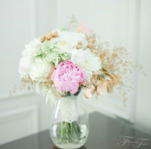Hydrangea bridal bouquet Flowers Time Toronto