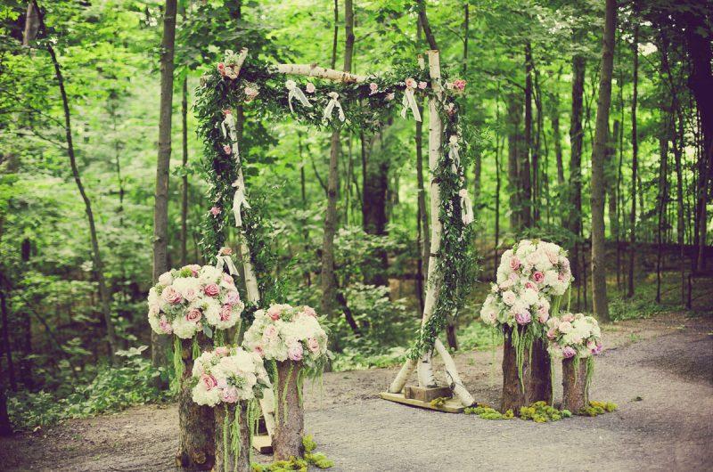 Organic Wedding Flower Decor