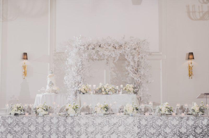 Frosted White Fete – as seen on wedluxe